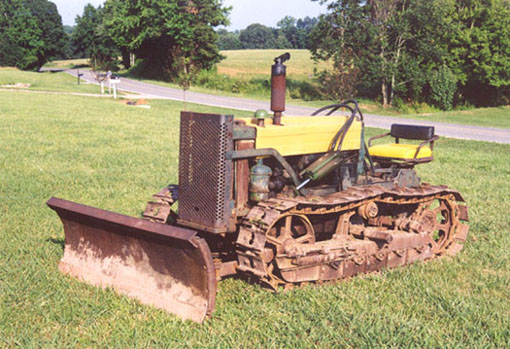 John Model 40C Crawler with JD Model 61 Blade